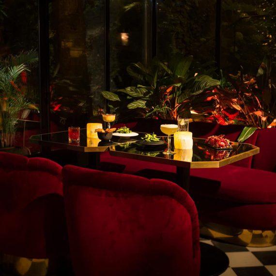 hotel-bar-le-tres-particulier-5-1920x1080