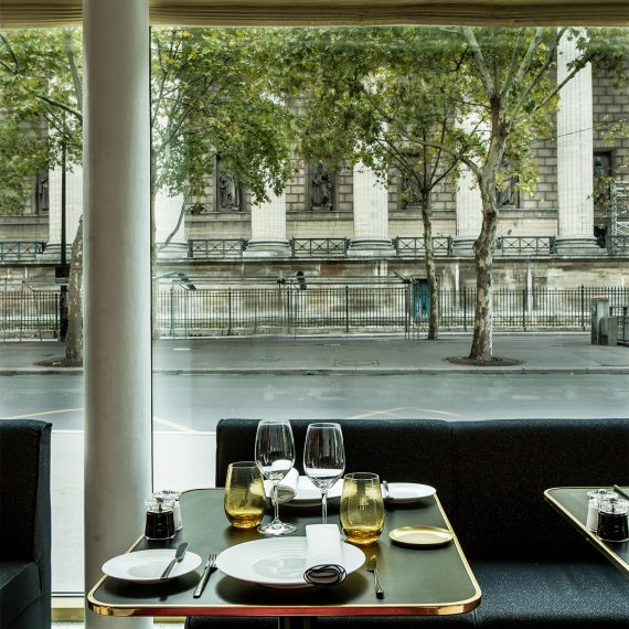 GCF tables coté madeleine